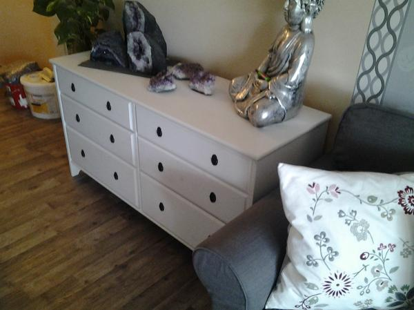 ikea weisse kommode zu verkaufen in mannheim ikea m bel kaufen und verkaufen ber private. Black Bedroom Furniture Sets. Home Design Ideas