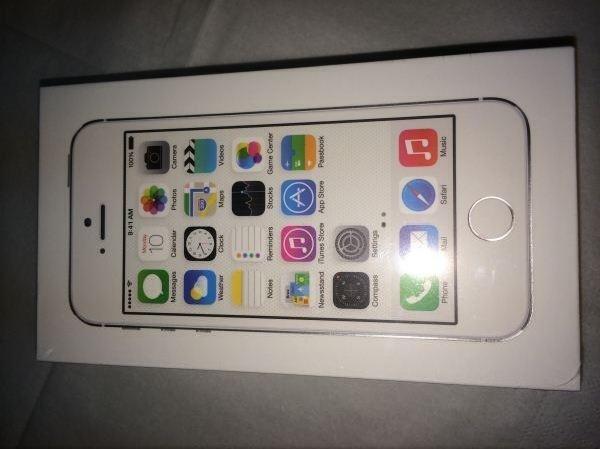 iphone 5s silber 16gb neu orginalverpackt in kehl apple. Black Bedroom Furniture Sets. Home Design Ideas