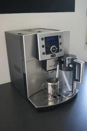 Kaffee-/ Cappuccino Vollautomat /