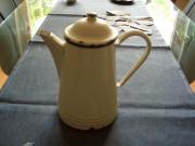 Kaffeekanne aus Emaille
