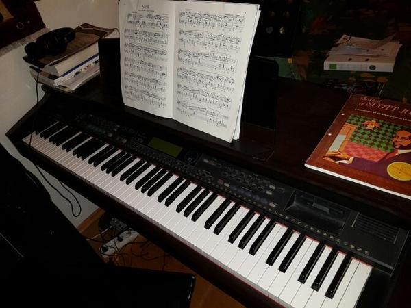 Keyboard- / Pianospieler für » Bands, Musiker gesucht