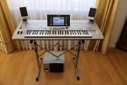 Keyboard Tyros 4