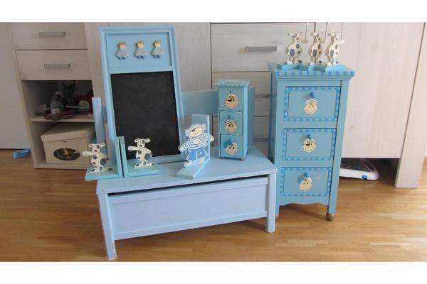 Kinderm bel blau sitzbank nachttisch tafel in for Kindermobel jugendzimmer