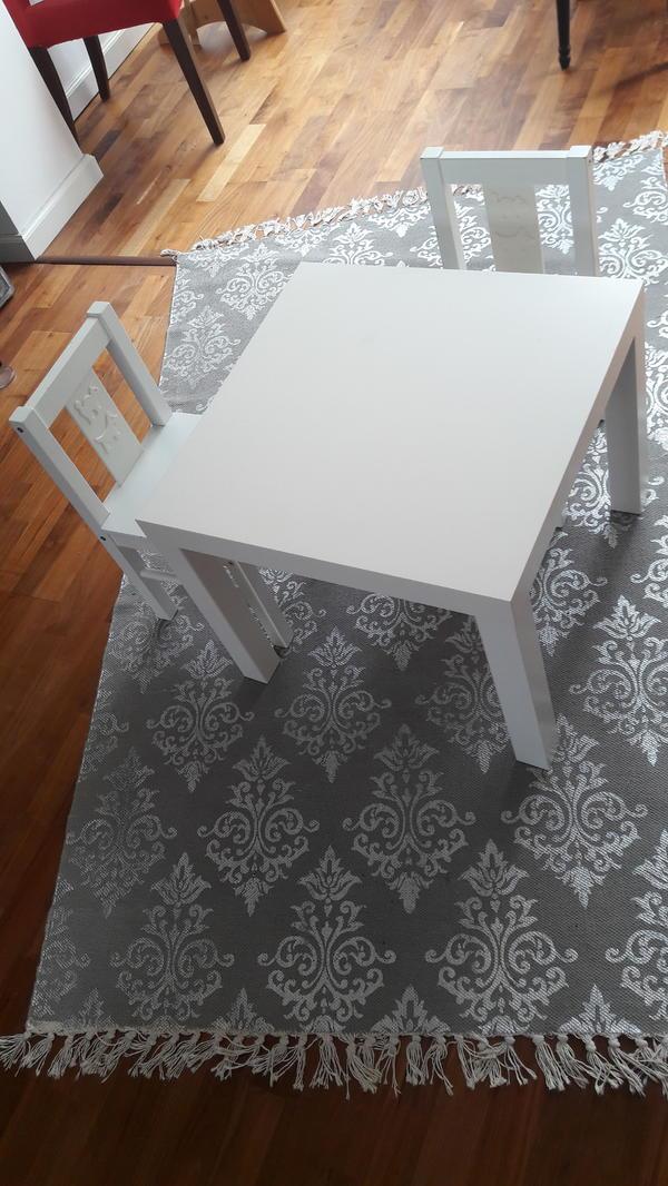 kindertisch kaufen gebraucht und g nstig. Black Bedroom Furniture Sets. Home Design Ideas
