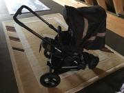 Kinderwagen mit Wanne