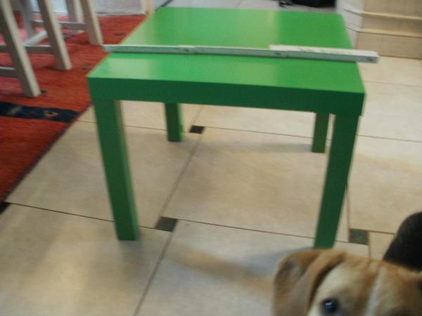 Tisch quadratisch kleinanzeigen familie haus garten for Kleiner tisch quadratisch