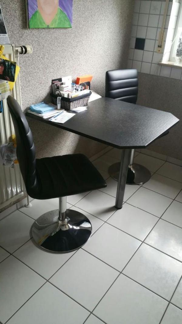 1 k chentisch schwere granitplatte ma e 0 83 tief x 0 75 breit mit standfuss und 2 drehst hle. Black Bedroom Furniture Sets. Home Design Ideas