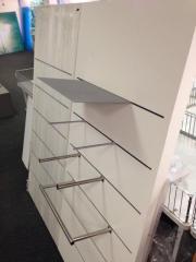 Ladeneinrichtung, Systemwand ideal