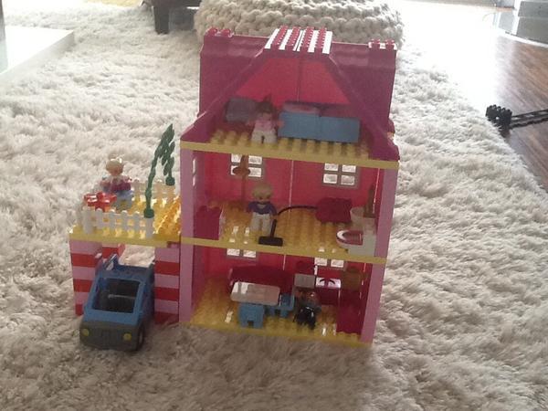 lego duplo 4966 familienhaus in ettlingen spielzeug lego playmobil kaufen und verkaufen ber. Black Bedroom Furniture Sets. Home Design Ideas
