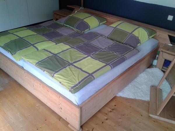 massivholz schlafzimmer in herxheim schr nke sonstige. Black Bedroom Furniture Sets. Home Design Ideas