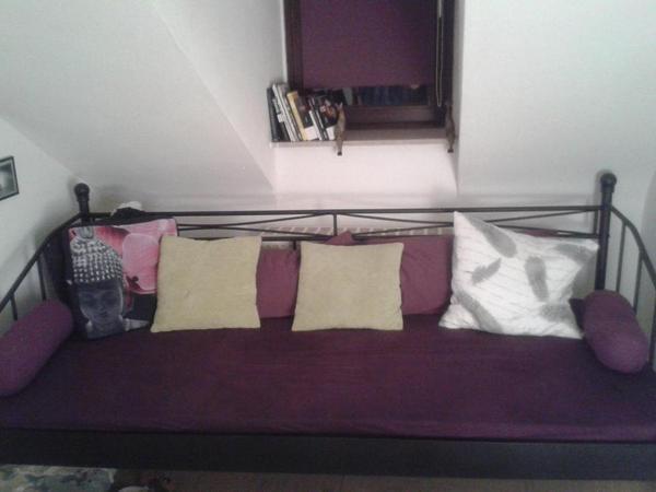 metallbett tagesbett mit matratze ohne dekoration in karlsruhe betten kaufen und verkaufen. Black Bedroom Furniture Sets. Home Design Ideas