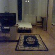 Möbliertes Zimmer zur
