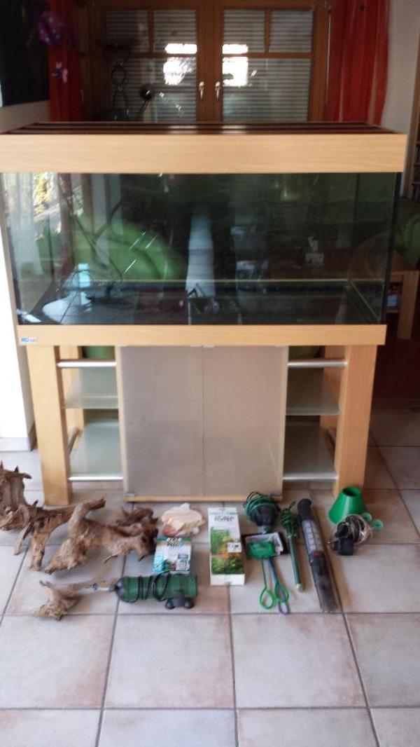 mp eheim aquarium 130x60x60 zubeh r ohne filter in riedstadt fische aquaristik kaufen und. Black Bedroom Furniture Sets. Home Design Ideas