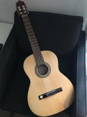 neue Gitarre mit