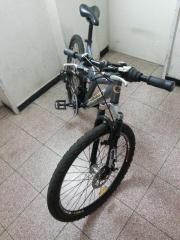 Neuwertiges Mountainbike Fahrrad