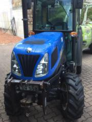 New Holland T4030V
