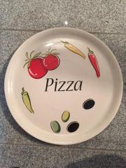 Pizza Teller 4 schöne Pizza-Teller unbenutzt 30 cm 15,- D-69214Eppelheim Gestern, Eppelheim - Pizza Teller 4 schöne Pizza-Teller unbenutzt 30 cm