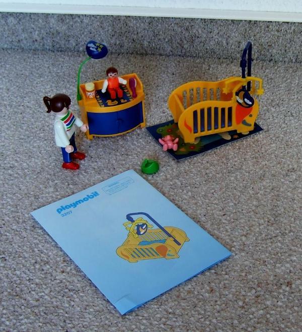 playmobil 3207 babyzimmer und 3969 bad mit dusche in halle spielzeug lego playmobil kaufen. Black Bedroom Furniture Sets. Home Design Ideas