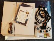 Playstation 4 + Uncharted