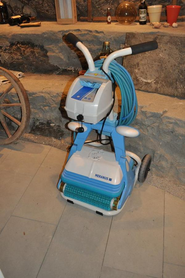 pool roboter in bregenz tauchen schwimmen wassersport kaufen und verkaufen ber private. Black Bedroom Furniture Sets. Home Design Ideas