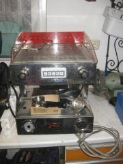 Profi-Espressomaschine (Gastronomie),