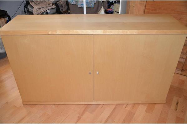 raumteiler kommode sideboard bonde von ikea in frankfurt ikea m bel kaufen und verkaufen ber. Black Bedroom Furniture Sets. Home Design Ideas