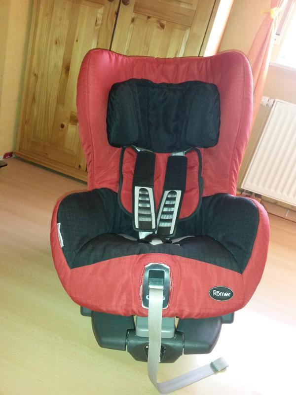 r mer safefix plus mit isofix in ginsheim gustavsburg autositze kaufen und verkaufen ber. Black Bedroom Furniture Sets. Home Design Ideas