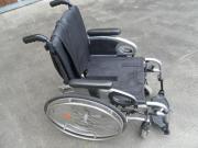 Rollstuhl - Faltrollstuhl - Marke