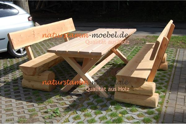 rustikale gartenm bel aus holz naturbelassene sitzgruppe. Black Bedroom Furniture Sets. Home Design Ideas