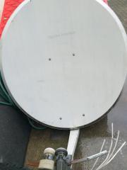 satellitschüsel mit 2lnb