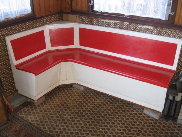 sch ne kleine eckbank mit stauf chern aus den 1950 60 er jahren gebraucht in frankfurt. Black Bedroom Furniture Sets. Home Design Ideas