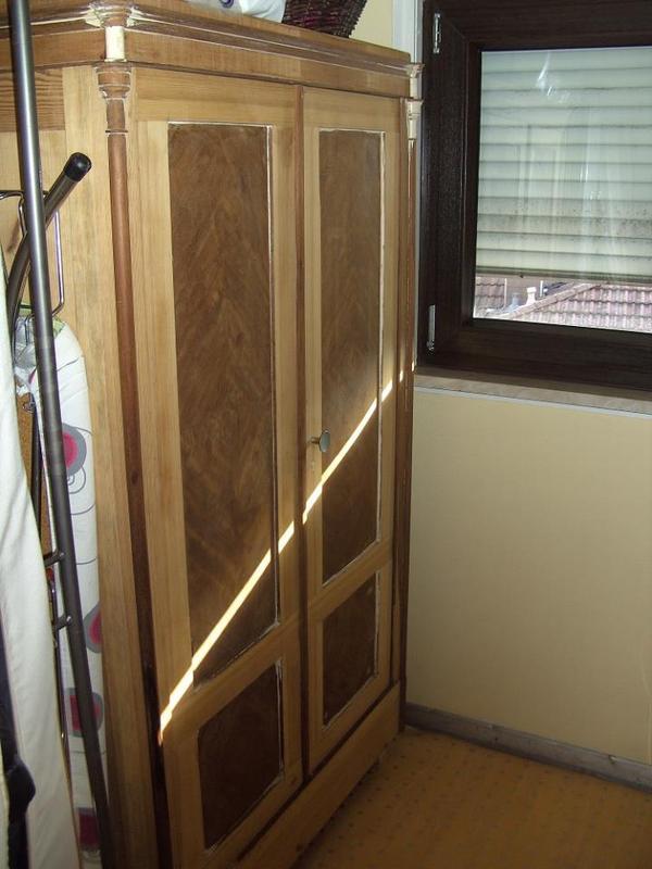 sch ner alter schrank antik ca 100 jahre alt antiquit t in ettlingen schr nke antiquarisch. Black Bedroom Furniture Sets. Home Design Ideas