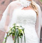 Schönes Brautkleid zu