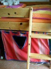 Schönes Kinder-Hochbett,