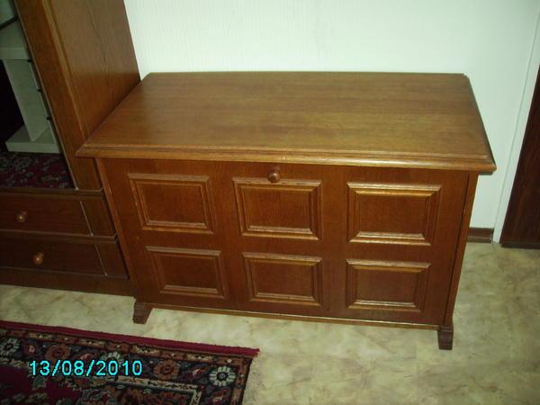 schuhschrank eiche rustikal in w rth garderobe flur. Black Bedroom Furniture Sets. Home Design Ideas