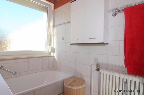 sehr sch ne 2 zimmer wohnung mit balkon in m nchen ost vermietung 2 zimmer wohnungen kaufen. Black Bedroom Furniture Sets. Home Design Ideas