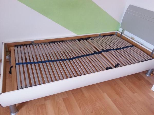 sehr sch nes bett inkl matratze 100x200cm gekauft bei segm ller in poing betten kaufen und. Black Bedroom Furniture Sets. Home Design Ideas