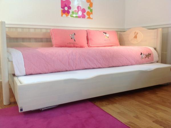 small world m dchenbett in berlin betten kaufen und verkaufen ber private kleinanzeigen. Black Bedroom Furniture Sets. Home Design Ideas