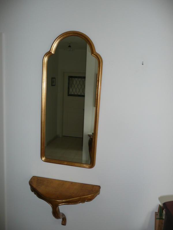 spiegel und konsole in grasellenbach garderobe flur. Black Bedroom Furniture Sets. Home Design Ideas