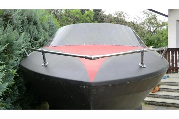 sportboot 5 40 x 2 10m mit trailer in schwerin. Black Bedroom Furniture Sets. Home Design Ideas