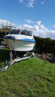 Sportboot kajutenboot Bayliner