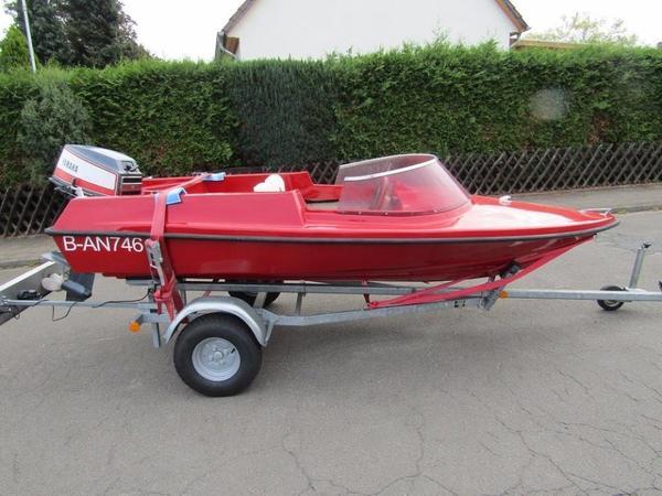 sportboot mit 40 yamaha au enborder optional mit trailer. Black Bedroom Furniture Sets. Home Design Ideas