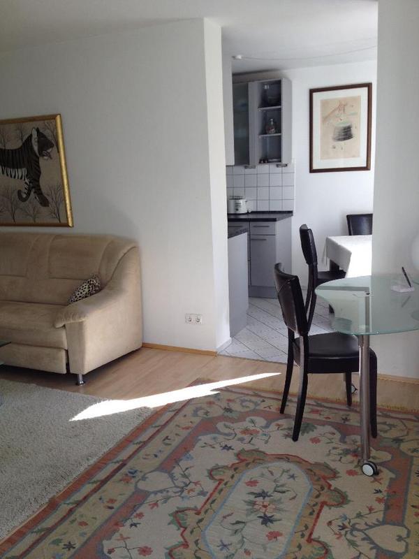 stilvoll wohnen auf zeit in m nchen vermietung 2 zimmer. Black Bedroom Furniture Sets. Home Design Ideas