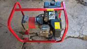 Stromerzeuger Aggregat 4,