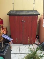 Terrassenschrank Vollholz zu