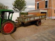 Traktor Anhänger Miststreuer