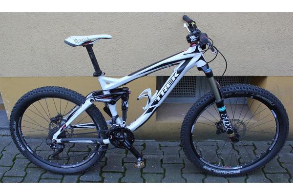 trek remedy 8 downhill mountainbike freeride bike in. Black Bedroom Furniture Sets. Home Design Ideas