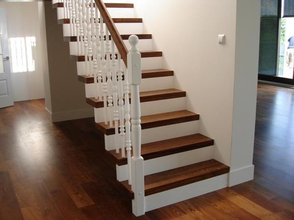 Treppenstufen Holz Aus Polen ~ TREPPEN aus Polen Carports Tischlerei, Treppenbau HOLZTREPPEN in Groß