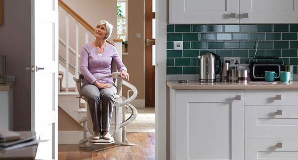 treppenlift l weigl l modell 260 l gebraucht l nur kurze zeit erh ltlich in dornbirn. Black Bedroom Furniture Sets. Home Design Ideas
