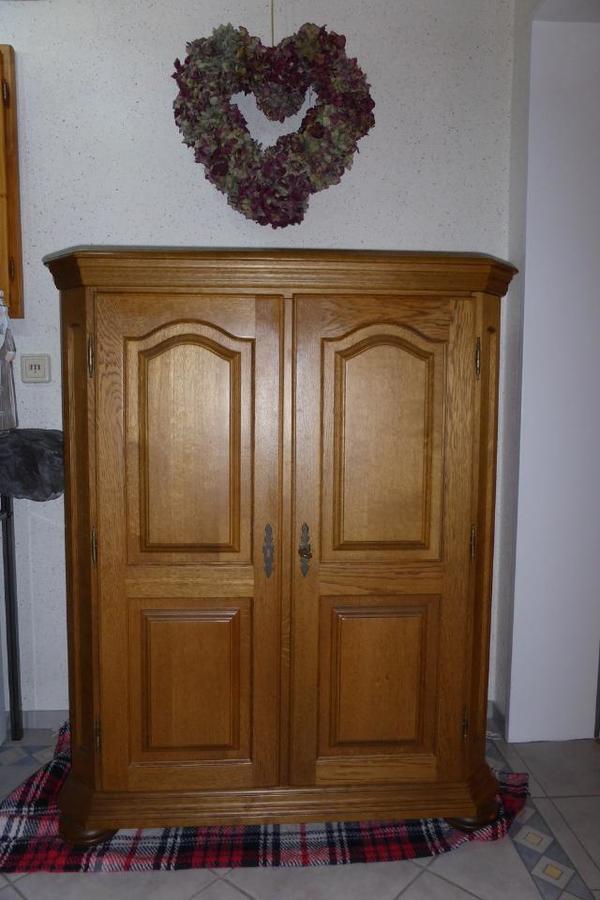 schrank eiche massiv gebraucht kaufen nur 3 st bis 70 g nstiger. Black Bedroom Furniture Sets. Home Design Ideas